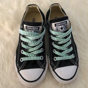 Converse Kids Chuck Taylor Low tops, sz 11